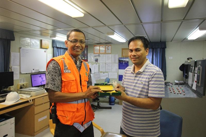Bongkar Muat Pelindo 3 Dapat Pujian Dari Kapten Kapal